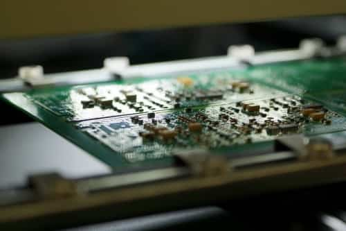 Teddington Systems Manufactures PCB With Surface Mount Technology